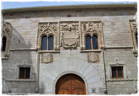Palacio del Momos