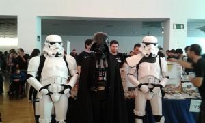 Su Excelencia Darth Vader y séquito en BITS 2014
